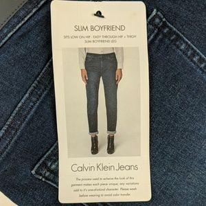 Calvin Klein jeans size 4 slim boyfriend